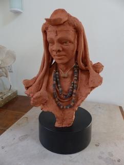 """Himber style"" - terracotta on concrete base (41 cm)"