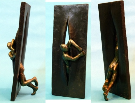 """""""Exploring spaces"""" - wax modelled in ceramic support (18 cm)"""