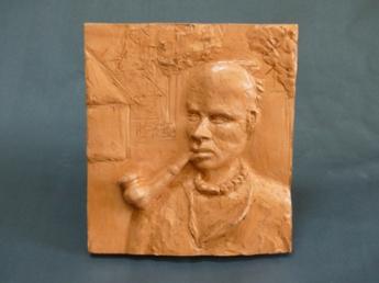 """Pokot elder"" - low relief terracotta - 21.5 cm"